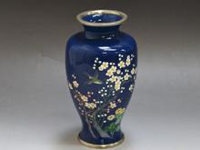 七宝梅鶯図花瓶