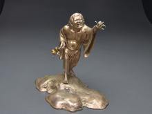 銀製塗金彫刻置物